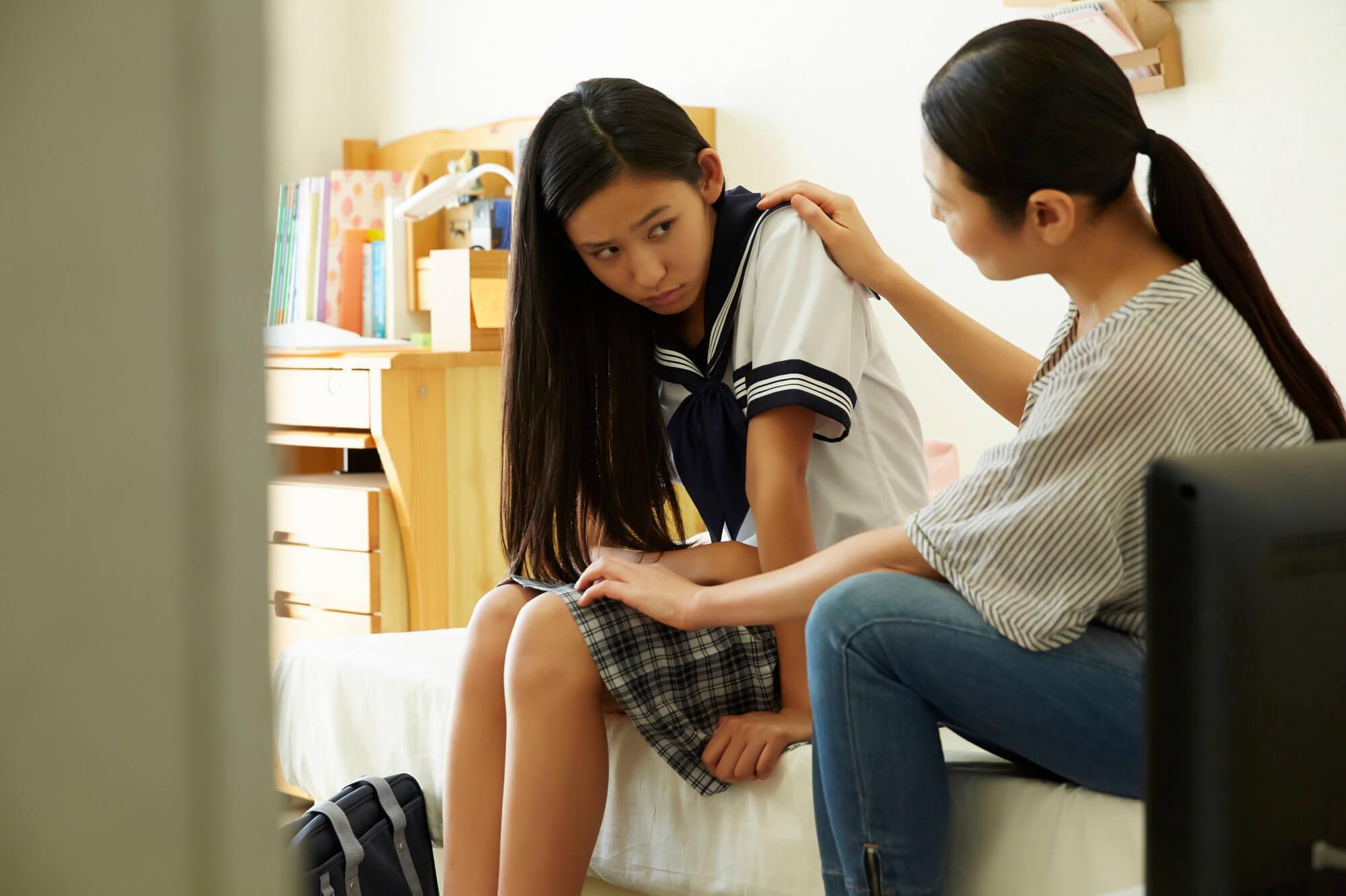 不安障害とうつ病、アスペルガーと診断され悩んでいる女子高校生