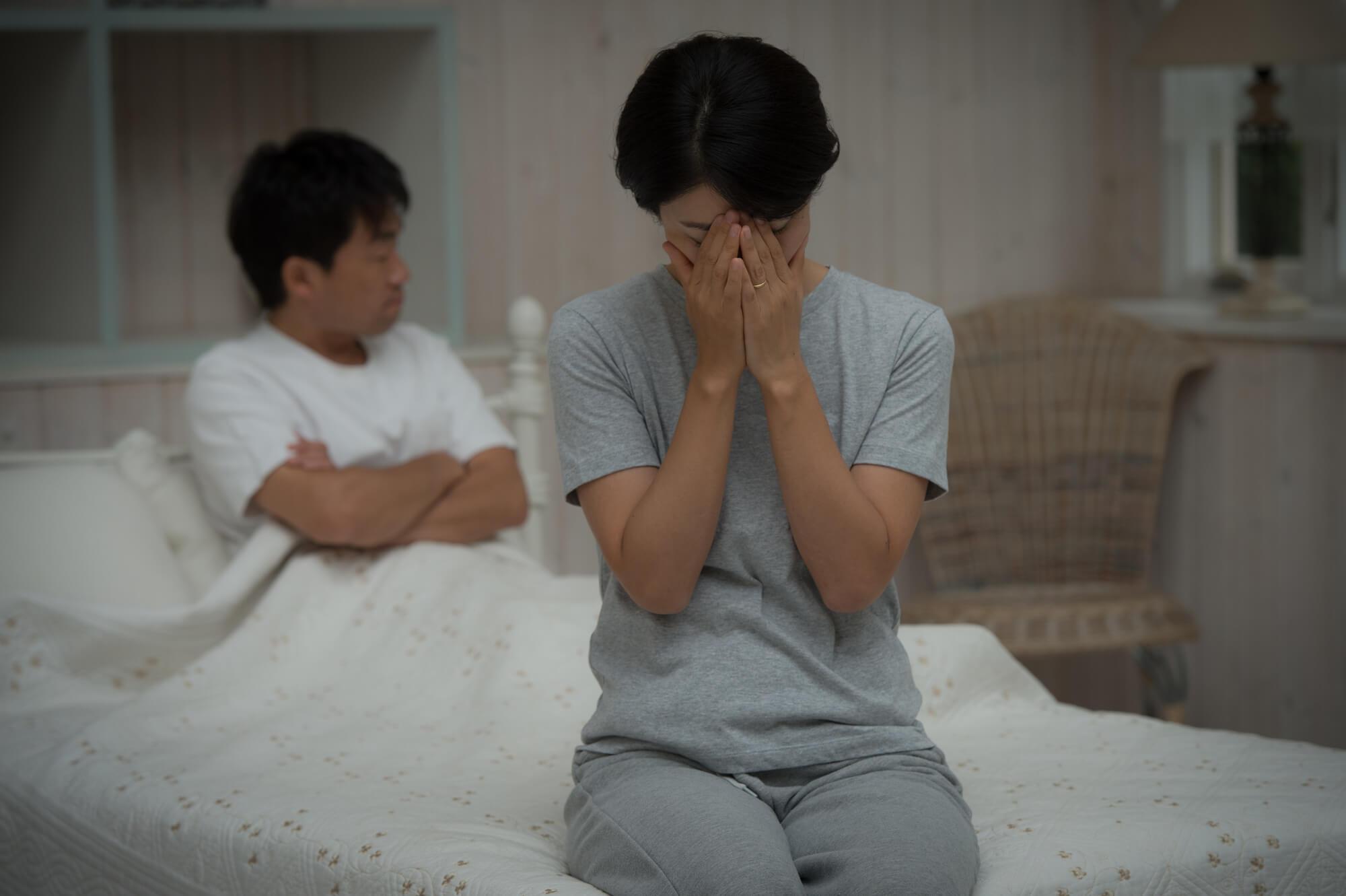 SEXばかり要求してくる性欲が強いモラハラ夫に悩まされている女性